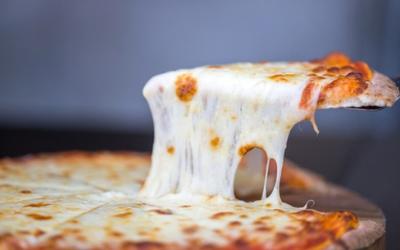 Stretched Mozzarella Cheese